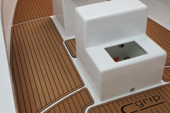 Fishing Boat Soft Decking Ocean Grip Teak Alternative Carolina Boat Builder